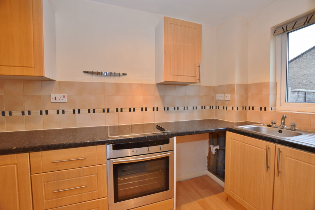 1 bed end of terrace house to rent in Springwood Drive, Godinton Park, Ashford  - Property Image 4
