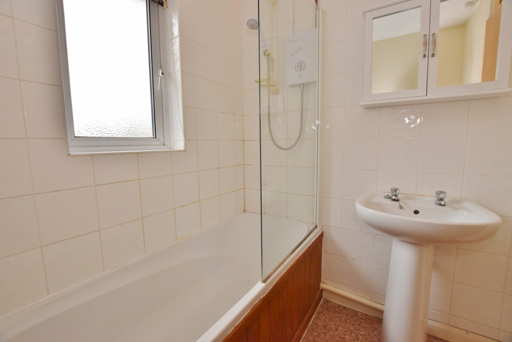 1 bed end of terrace house to rent in Springwood Drive, Godinton Park, Ashford 6