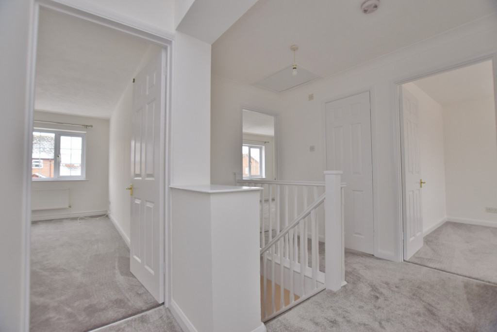 4 bed semi-detached house to rent in New Rectory Lane, Ashford  - Property Image 12