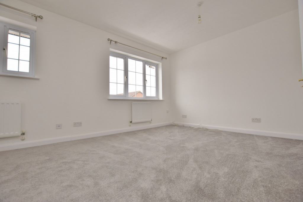 4 bed semi-detached house to rent in New Rectory Lane, Ashford  - Property Image 15