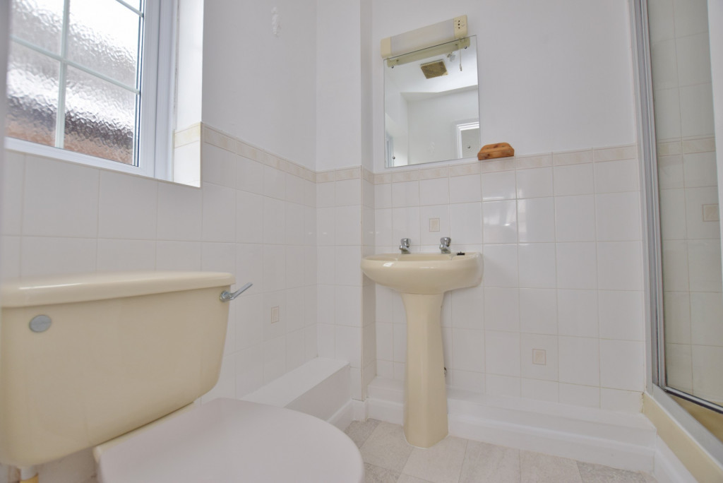 4 bed semi-detached house to rent in New Rectory Lane, Ashford  - Property Image 17