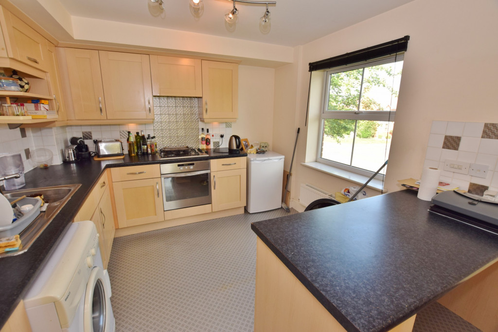 2 bed apartment to rent in Angus Drive, Kennington, Ashford  - Property Image 3