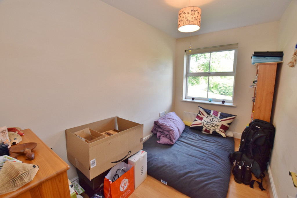 2 bed apartment to rent in Angus Drive, Kennington, Ashford 6