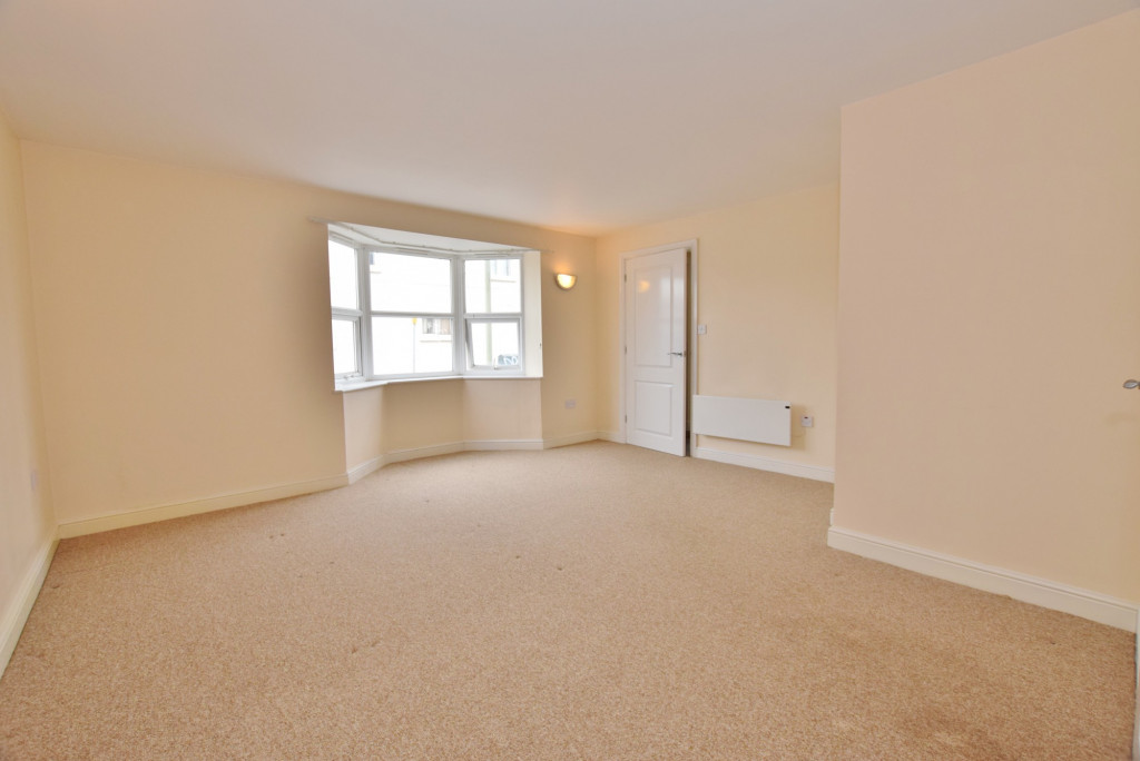 1 bed apartment to rent in Whitfeld Road, Ashford 6