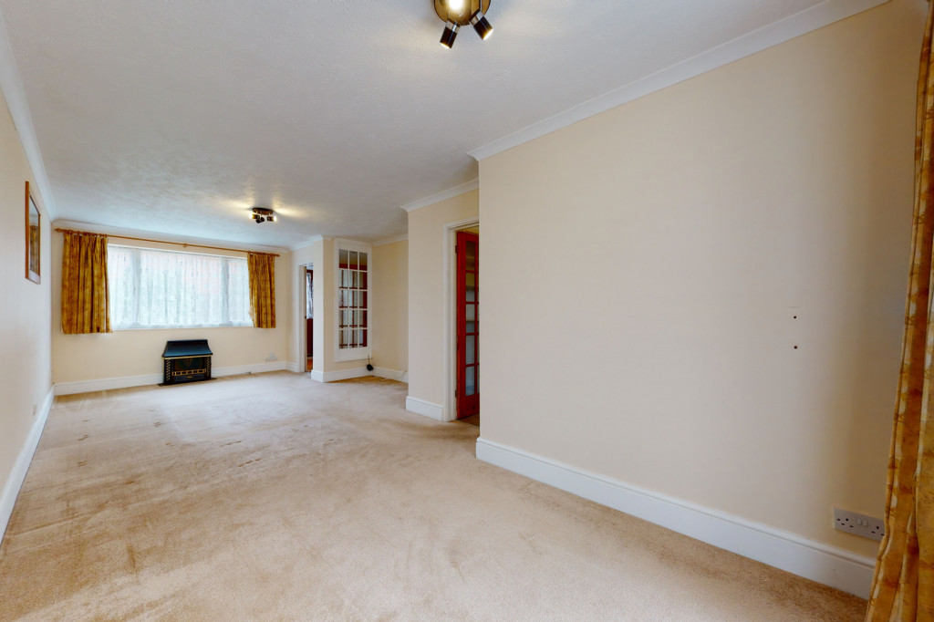 3 bed terraced house to rent in Hornbeam Close, Ashford  - Property Image 3