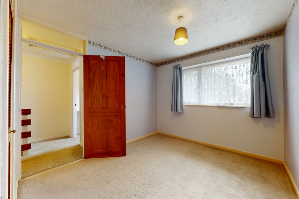 3 bed terraced house to rent in Hornbeam Close, Ashford  - Property Image 7