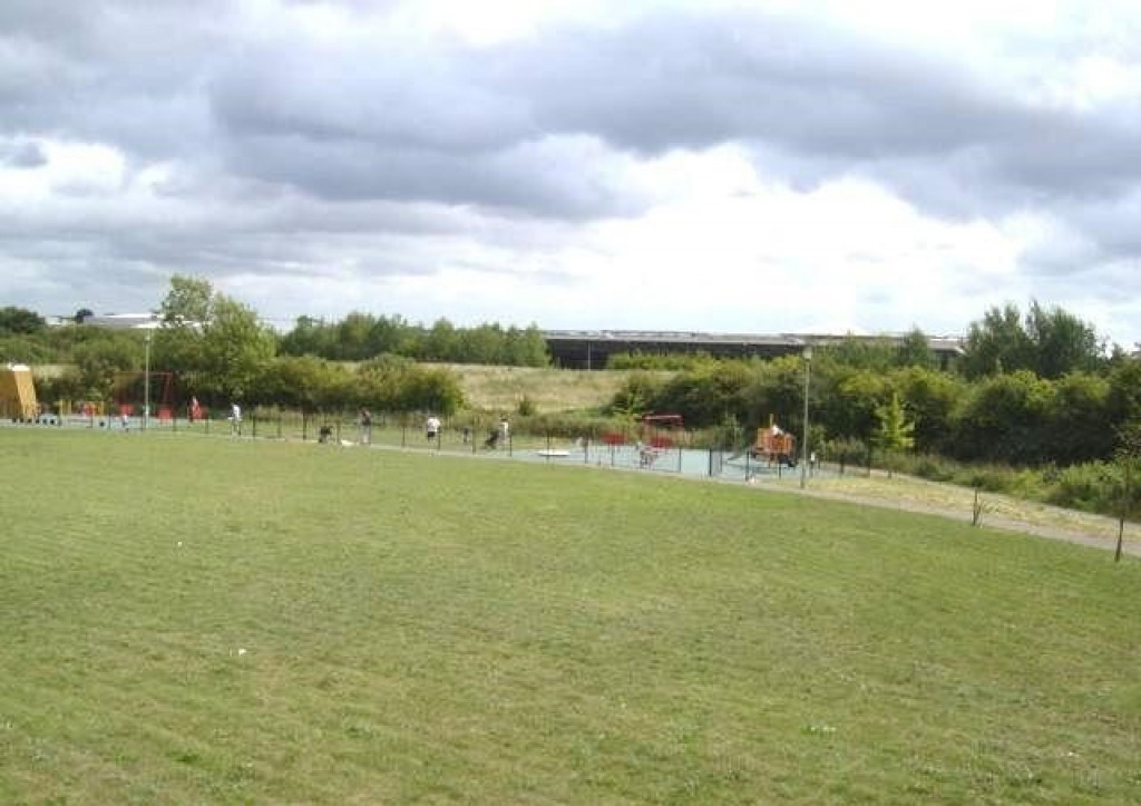 2 bed apartment to rent in Richard Hillary Close, Ashford 1