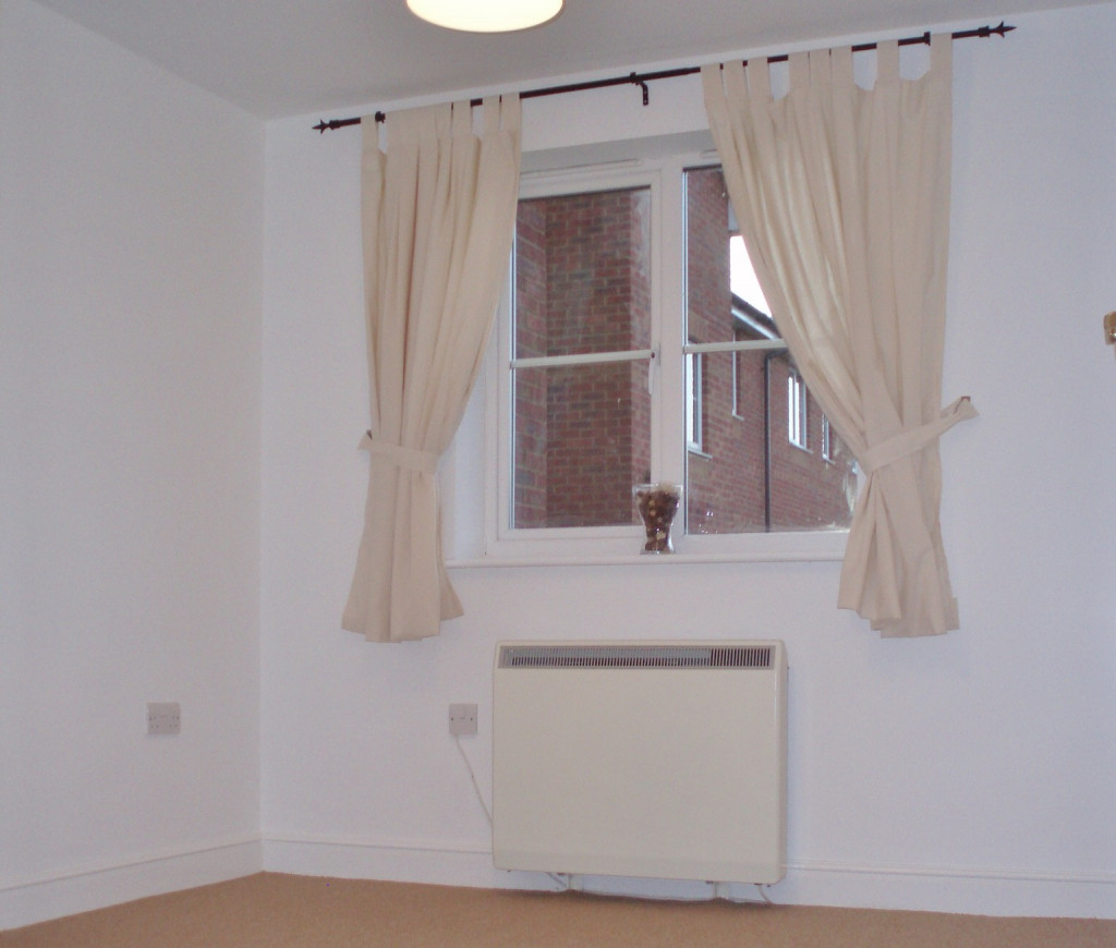 2 bed apartment to rent in Richard Hillary Close, Ashford  - Property Image 8