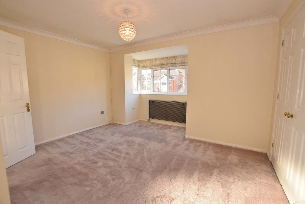 4 bed detached house to rent in Hoppers Way, Singleton, Ashford  - Property Image 8