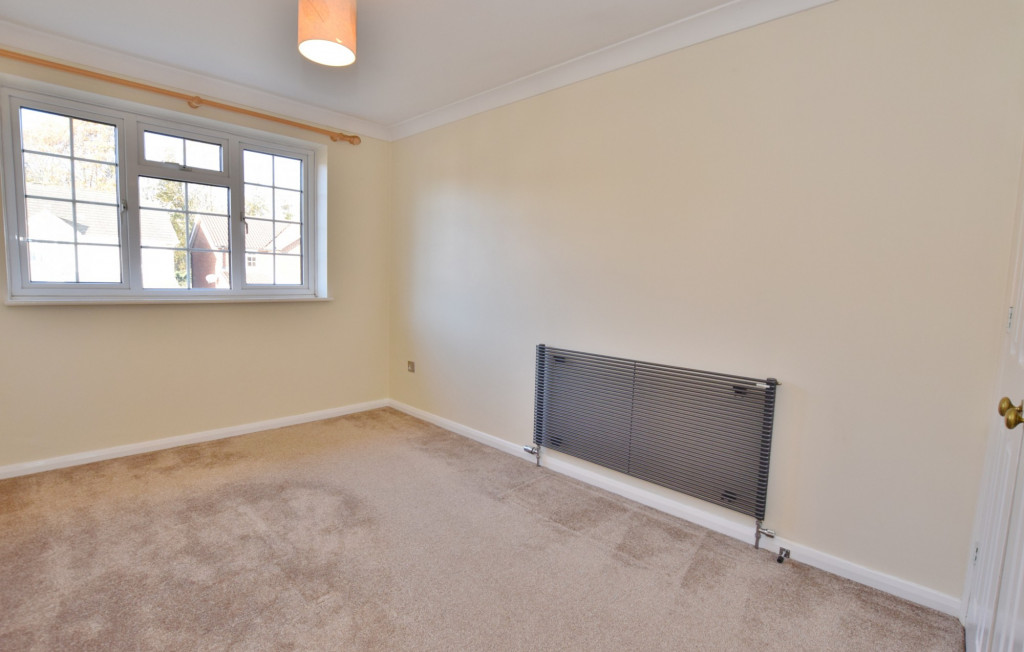 4 bed detached house to rent in Hoppers Way, Singleton, Ashford  - Property Image 11