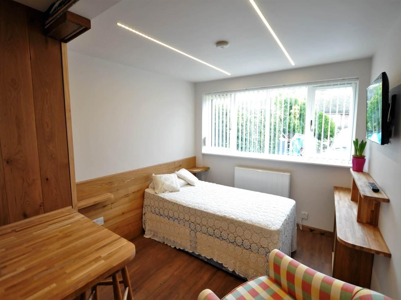1 bed studio flat to rent in Mackerel Hall 0