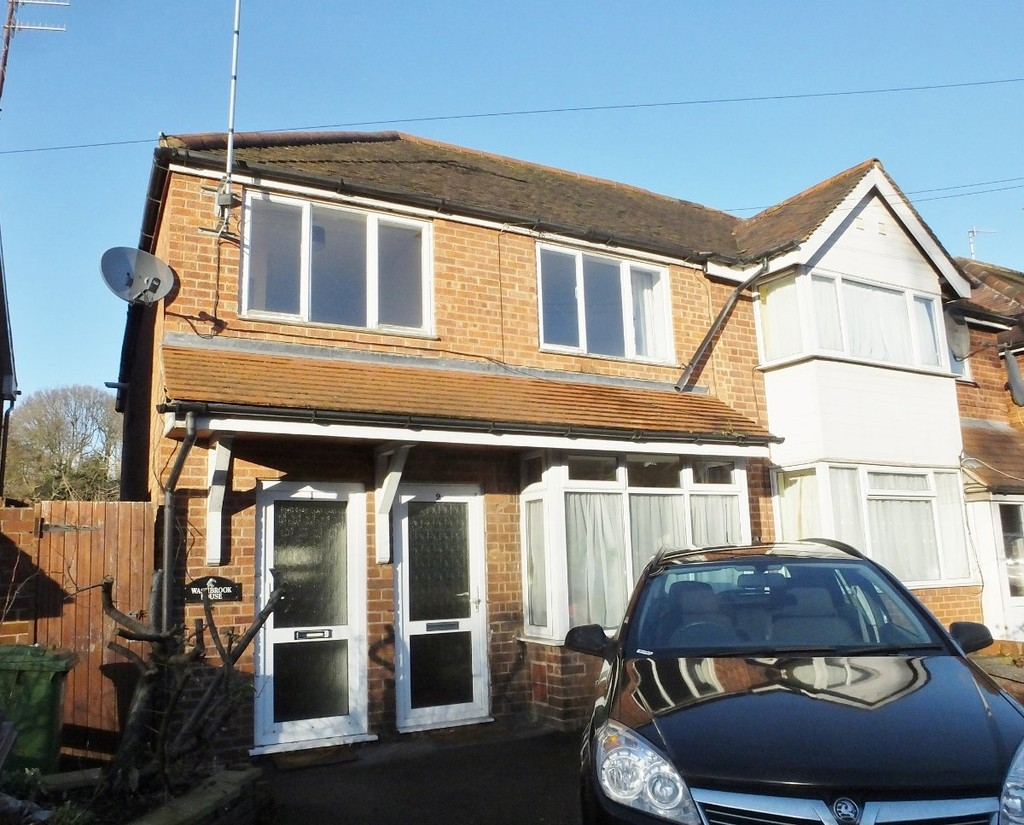 This two bedroom first floor apartment is located close to bus stops and local amenities. The property comprises entrance hallway, staircase, spacious living room with gas fire, Kitchen with a fridge/ freezer and washing machine, two double bedrooms, family bathroom with shower over bath, sink and wc. Outside there is a garden and space for one car at the front. This property benefits from double glazing and gas central heating. Available furnished/unfurnished 25th September 2021