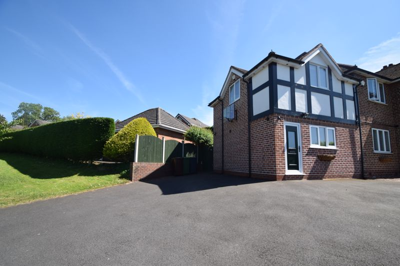 1 bed to rent in Finstall Road, Bromsgrove  - Property Image 1