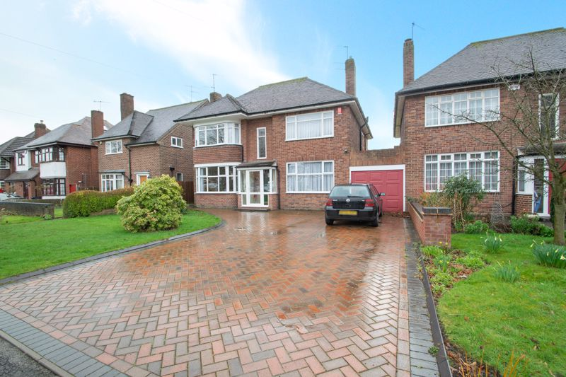 4 bed house for sale in Haden Hill Road, Halesowen  - Property Image 1