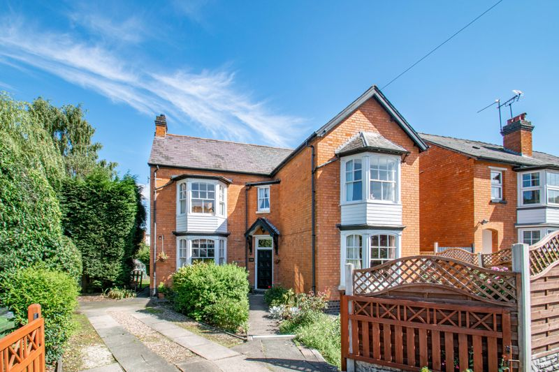 <p>A characteristic five-bedroom detached family home located on the Bromsgrove Road, near Redditch.</p><p>The ground floor comprises an entrance hallway, spacious lounge with open fireplace, recently redecorated dining room with gas fire, kitchen/breakfast room with space for a cooker, dishwasher and tall fridge freezer and has new wooden flooring, family room, shower room, WC and utility. The extended part of property benefits from having double glazing windows.</p><p>The first-floor landing establishes bedroom one with a recently added en-suite shower room, two further double bedrooms and a modern refitted family bathroom with bath, separate corner shower, sink and WC. The second floor consists of a loft conversion with two double bedrooms benefiting from eaves storage.</p><p>Outside boasts from a spacious driveway, large private rear garden mainly laid to lawn with a patio area and detached garage.</p><p>Furthermore, the property benefits from being redecorated throughout many of the bedrooms and the downstairs extension, the roof has been completely refurbished with new tiles and the property has self-closing fire doors throughout.</p><p>The property is just a 15-minute walk into Redditch town centre offering an array of local amenities including shops, bars and restaurants. It Is also conveniently placed to access main motorway networks (M5 & M42), bus routes and railway station.</p> <br/><br/>
