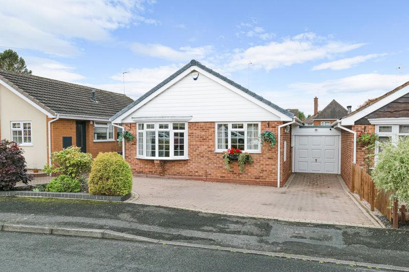 2 bed bungalow for sale in Hungerford Road, Stourbridge  - Property Image 1