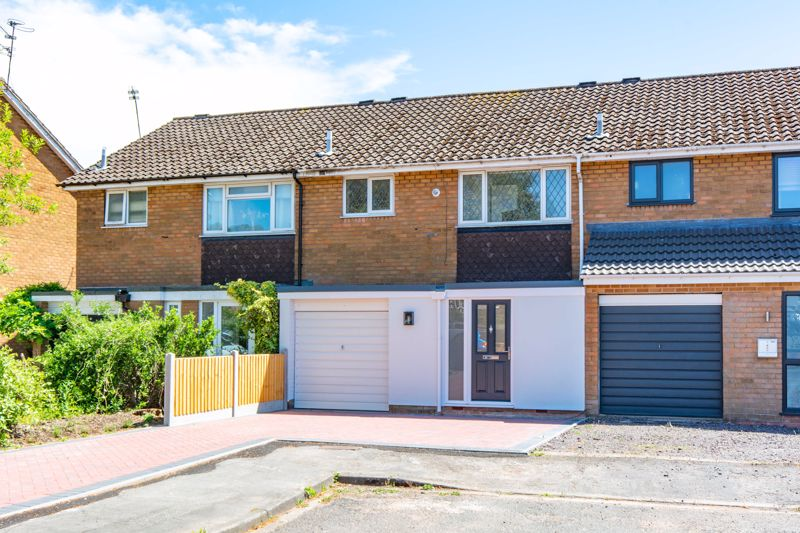 <br/><br/>A superb opportunity to acquire this 3 bedroom mid terrace property , situated in a desirable location close to excellent transport links and amenities. The property has been extended to the ground floor and has a well planned spacious layout combined with a high standard of accommodation. Briefly comprising of  Through lounge /diner , Open plan modern fitted kitchen, Guest wc, 3 Bedrooms, Family bathroom, Landscaped private rear garden, Garage, Double glazing and Gas central heating.