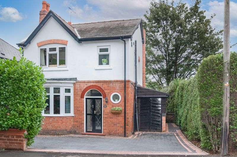 An immaculately presented three-bedroom detached property with original features, a beautiful kitchen/diner, generous rear garden, and close-by amenities. <br/><br/>In brief, this property comprises; Entrance porch, hallway with W.C, a good-size first reception room with a feature fireplace and bay window, a beautifully fitted and spacious kitchen/diner that boasts a lovely centre island, as well as having space for modern appliances such as; A range cooker, a dishwasher, and American style fridge-freezer, with space for additional appliances such as a washing machine in the connecting utility/additional storage area.  <br/><br/>The first floor of this property lends itself to three bedrooms and a modern family bathroom with a bath and overhead shower. Bedroom one is a double with fitted wardrobes and a feature fireplace, bedroom two is a double with space for wardrobes and a feature fireplace, and bedroom three is a good-size single with space for wardrobes also.<br/><br/>Externally this property has a generous rear split-levelled garden. A decked area accessed just off double doors from the kitchen is a fantastic alfresco dining and outdoor entertaining area, leading down a paved slope takes you to a very-good size basement to the property, that is currently being used as a workshop.<br/><br/>From there, a substantial mainly laid lawn garden stretches back with attractive planting borders and scattered trees and shrubbery, as well as accommodating outdoor structures. Side access leads to the front of the property where sits a good-sized block-paved driveway.<br/><br/>Locally there are shops, takeaways, chemist, newsagents, launderette, park, and pubs nearby, as well as access to several good primary and secondary schools. Buses run into Birmingham and Merry Hill, and Cradley Heath railway station is a short drive away.