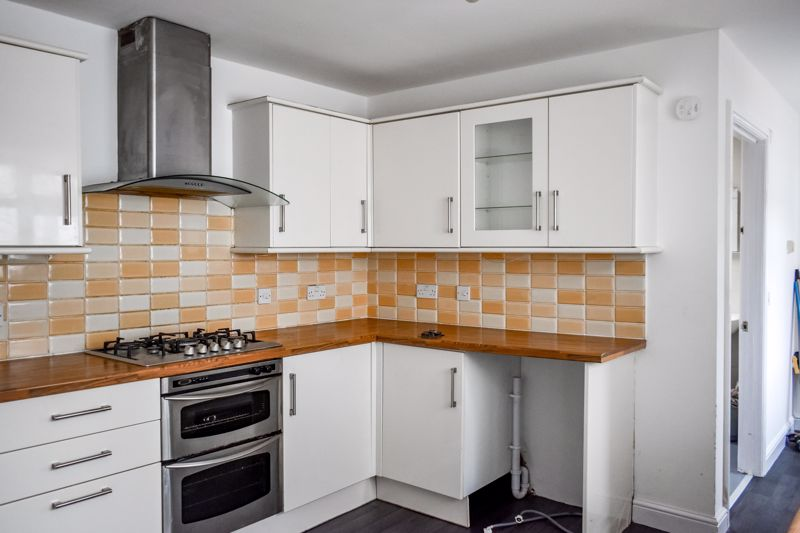 <br/><br/>A deceptively spacious traditional 4 bedroom terraced property , Situated in a popular well established neighborhood close to local amenities and transport inks. Early viewing is essential to fully appreciate the standard of accommodation. Briefly comprising of Lounge / Diner , Modern fitted kitchen, Ground floor shower room, 3 bedrooms with on the first floor en suite to master. Loft roof , Private rear garden with spacious office / Workshop to rear.<br/><br/>Double glazing and Gas central heating.