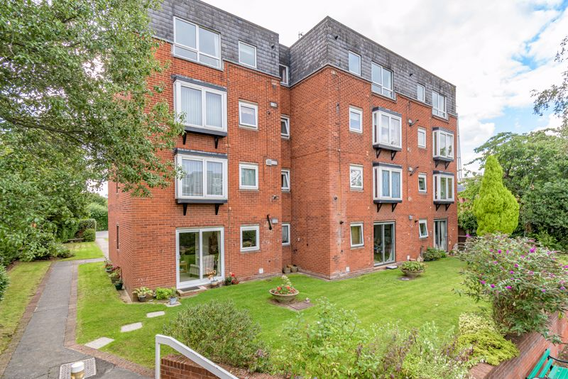 <br/><br/>Offered with no onward chain, is this well presented, second floor retirement apartment; situated in the popular Guardian Court complex for over 60's, offering ease of access to Bromsgrove Town Centre.<br/><br/>The accommodation is accessed via a secure intercom system, into a communal lobby with lift access servicing all floors. Once entering the apartment, the layout briefly comprises of; Hallway giving off to a generous sized storage cupboard with shelving, spacious lounge/diner offering dual aspect windows with box bay window, modern shaker style kitchen, fitted with integrated oven, electric hob with extractor hood over and integrated fridge/freezer; double bedroom with built in wardrobe and outlook to communal gardens at the rear; and stylish fitted shower room, offering large shower cubicle and heated towel rail.<br/><br/>Additionally the apartment benefits from; gas fired central heating and double glazing, communal lounge and laundry facilities, and attractive well maintained gardens. We have been advise that the property is Leasehold with a current remaining lease of 67 years, and an annual ground rent & service charge of £2070.<br/><br/>The property is located within close proximity to Bromsgrove Town centre and its many shops facilities and amenities it has to offer, including local Bromsgrove Baptist Church, public transport links and major road links to surrounding areas.<br/><br/>