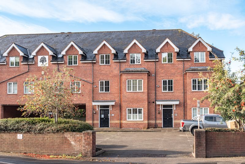 <br/><br/>A deceptively spacious, modern, two double bedroom, ground floor apartment within a short distance of Halesowen town centre and major transport links. <br/><br/>Internally the well-presented interior, briefly comprises of; entrance hall with space for a boot bench, spacious lounge with bay window to front aspect; opening into a stylish fitted kitchen complete with integrated under-counter fridge, washing machine, inset sink and electric oven with gas hob over; double bedroom one with built in wardrobe storage; good sized double bedroom two with outlook to the communal rear gardens; and a modern three piece bathroom suite benefiting from a heated towel rail and power shower over bath.<br/><br/>Furthermore the property enjoys; gas central heating system, with newly refitted boiler  within warranty;   double glazing throughout; allocated off-road parking bay; visitor parking; and well-maintained communal lawns.<br/><br/>This property is ideally located for shops and eateries in Halesowen Town Centre, nearby Haden Hill park, and major road links to Birmingham City Centre, and Halesowen bus station is nearby providing public transport links to Birmingham and Merry Hill. Surrounding the property are several local schools and colleges for all ages.<br/><br/>