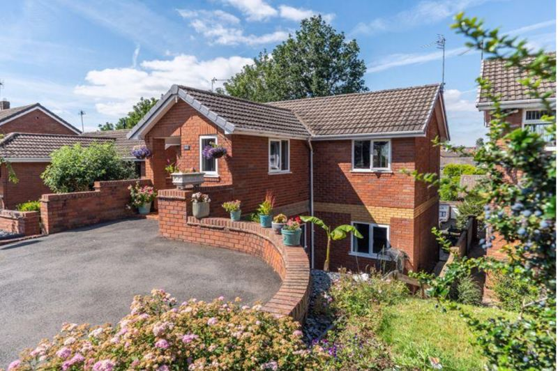<br/><br/><p><span >A superb opportunity to acquire this stylishly presented and deceptively spacious Detached Family Home, situated in a most sought-after neighbourhood of Kingswinford village close to excellent local amenities and transport links. This impressive property requires internal inspection to fully appreciate the standard of accommodation having undergone extensive refurbishment throughout. </span></p> <span > <span >Briefly comprising of Reception hallway, Open-plan modern  Kitchen/Living/Dining room fitted with contemporary high gloss units, an array of quality built in appliances and two feature balconies,  Separate lounge, Guest WC, Utility room, 4 Generous bedrooms with en suite to master, Modern refitted family bathroom with walk in shower , low maintenance rear Garden with dedicated bar and covered seating area, and a useful outside store.</span> Driveway, Double glazing and Gas central heating.</span>