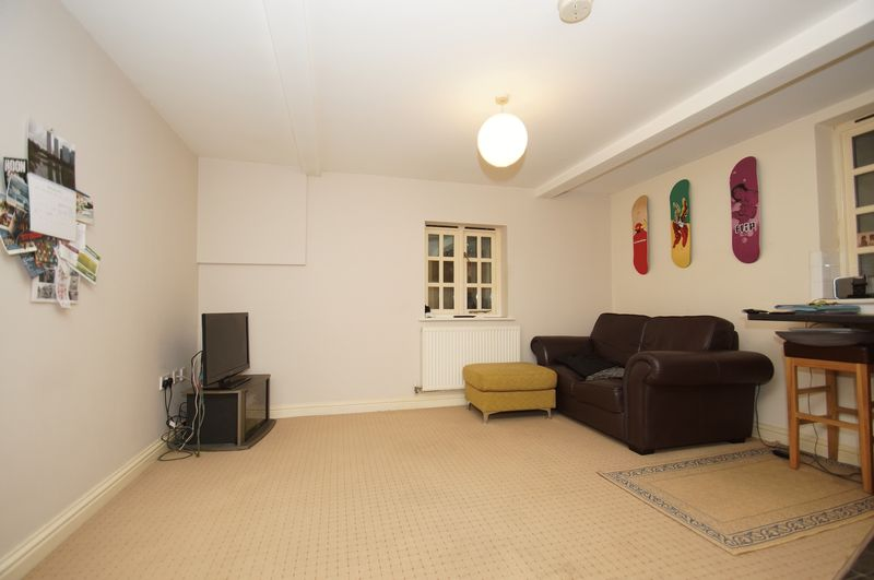 1 bed flat for sale in 80 Prospect Hill, Redditch 2