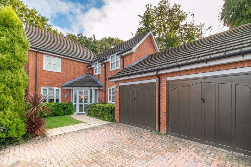 A most substantial, four bedroom detached premier home, occupying a semi private location within a corner plot.  Within easy reach of a local shop and post office in Webheath, plus a pub/restaurant, golf club, sought after state schooling, direct bus route and access to open countryside. A short drive will bring you into Redditch town centre for major shopping facilities, bars, cinema, bus and railway stations, as well as private schooling in Bromsgrove.<br/><br/>The internal layout is as follows: A light and airy entrance hall with feature door flanked by windows, access to a ground floor guest w.c. and rooms radiating off to the rear lounge, having wall mounted coal effect electric fire to wall and French doors opening to the garden. Separate dining room, also with door to the garden. Spacious playroom/office/sitting room. Ample breakfast kitchen, offering windows on two sides, modern kitchen units with granite work surfaces over, integrated sink/drainer, dishwasher, fridge/freezer, gas hob and double oven. Useful utility/second kitchen, having an electric hob, sink, storage units with shelving over and exit door to side.<br/><br/>Stairs rise to a spacious landing with loft hatch. The bedrooms are as follows: Master bedroom, having semi vaulted ceiling, initial dressing area with fitted wardrobe aside and an open space leading into the main room with two windows and a wall of further fitted wardrobes. An en-suite bathroom sits to the left of the dressing area, incorporating both a bath and larger shower enclosure, roof window, white fittings and black cupboards for storage. Guest bedroom two, with a fitted wardrobe and its own modern en-suite shower room. Double bedroom three, also with a wardrobe and large single bedroom four again with a wardrobe. The impressive house bathroom is off the initial landing and offers a shower fitting over the bath with shower screen.<br/><br/>Outside: Two car parking sits in front of the attached double garage, which has a single a