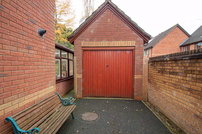 4 bed house for sale in Harlech Close, Worcester  - Property Image 17