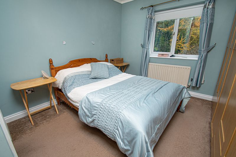 4 bed house for sale in Harlech Close, Worcester  - Property Image 8