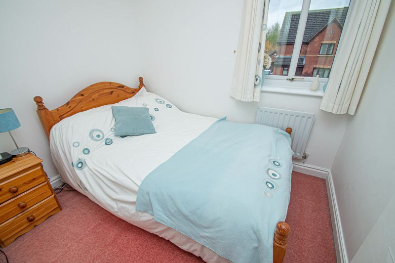 4 bed house for sale in Harlech Close, Worcester  - Property Image 13