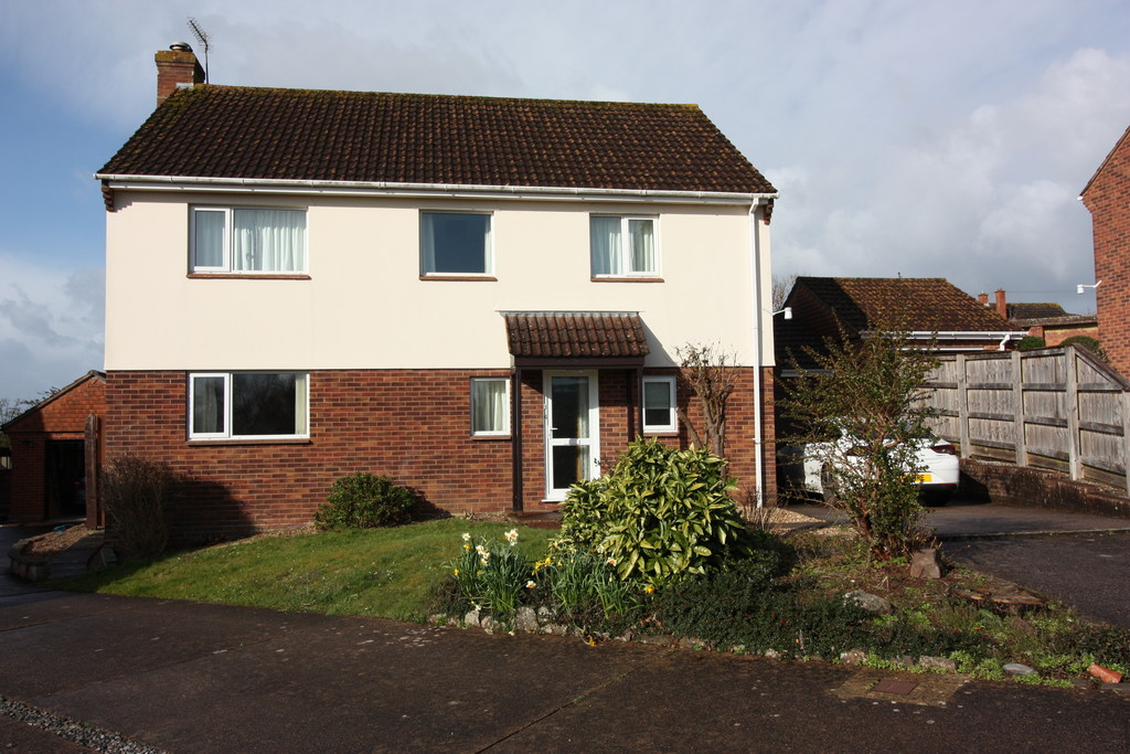 This spacious 4 bedroomed family home will be available soon located on the edge of Crediton within easy reach of all amenities.  It has a large dual aspect living room, dining room and kitchen as well as cloakroom on the ground floor.  4 double bedrooms and a bathroom and shower room on the first floor.
